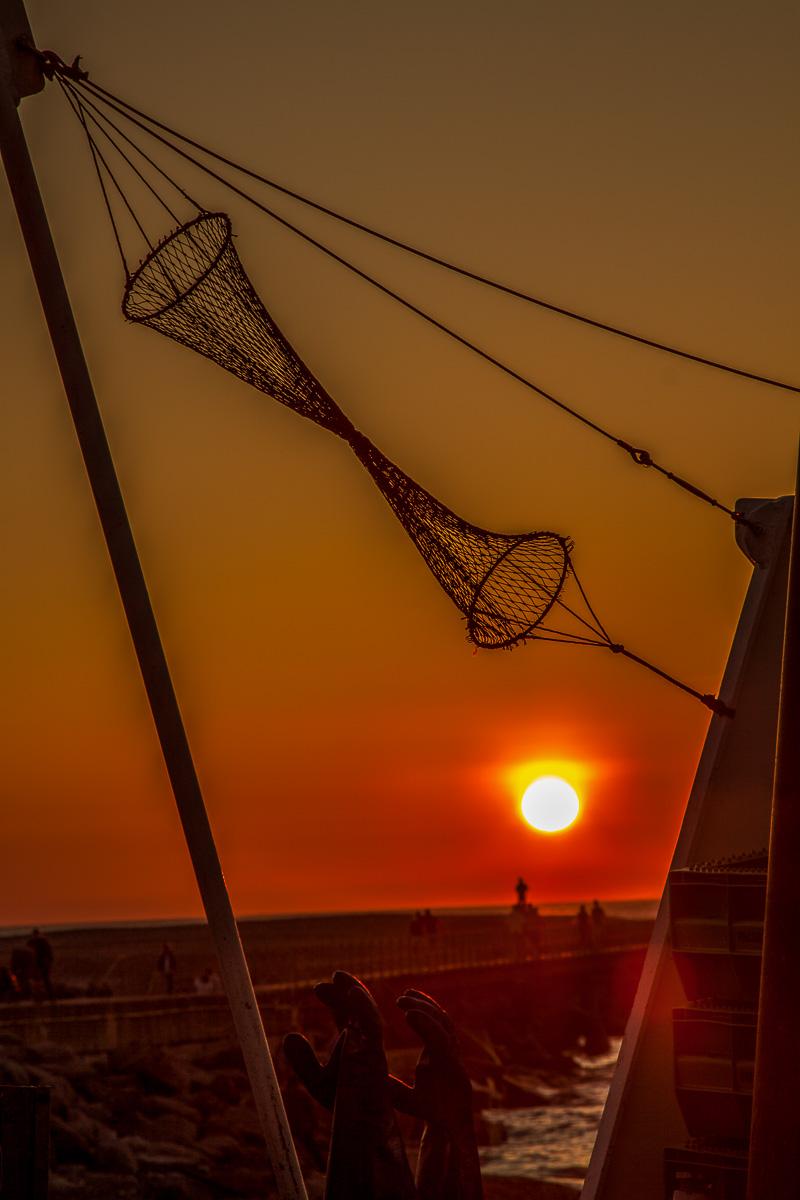 En smuk solnedgang ved vesterhavet